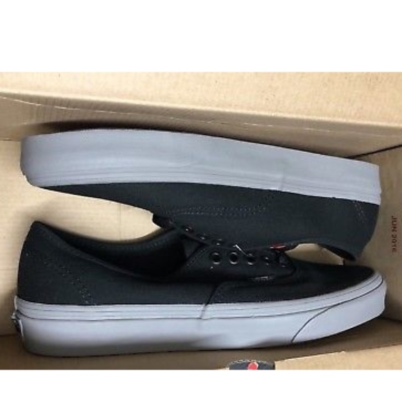 Vans Authentic Pop Black Frost Grey Shoes 52dd30ca25
